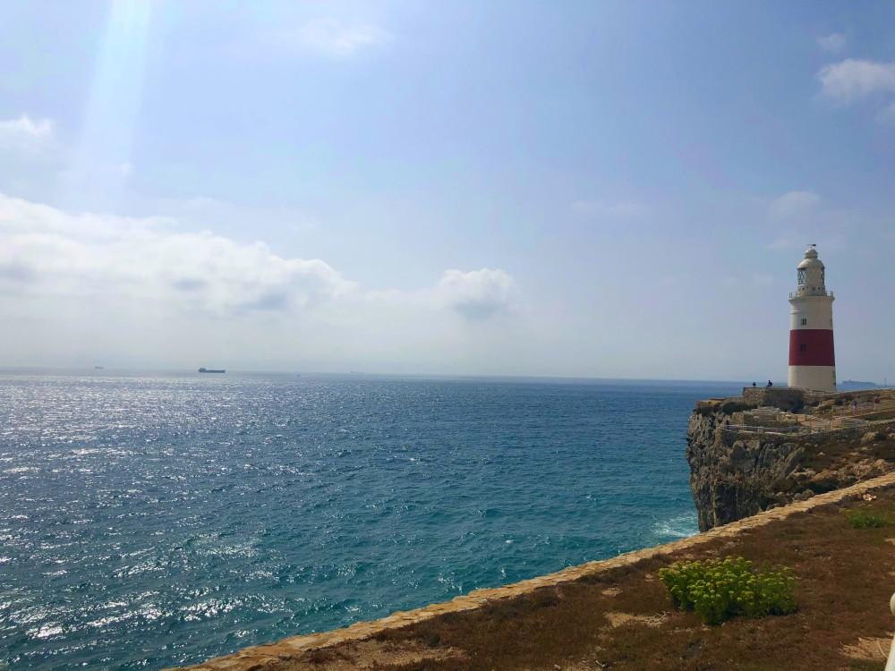 Europa Punkt mit Leuchtturm während des Landausflug Gibraltar auf eigene Faust