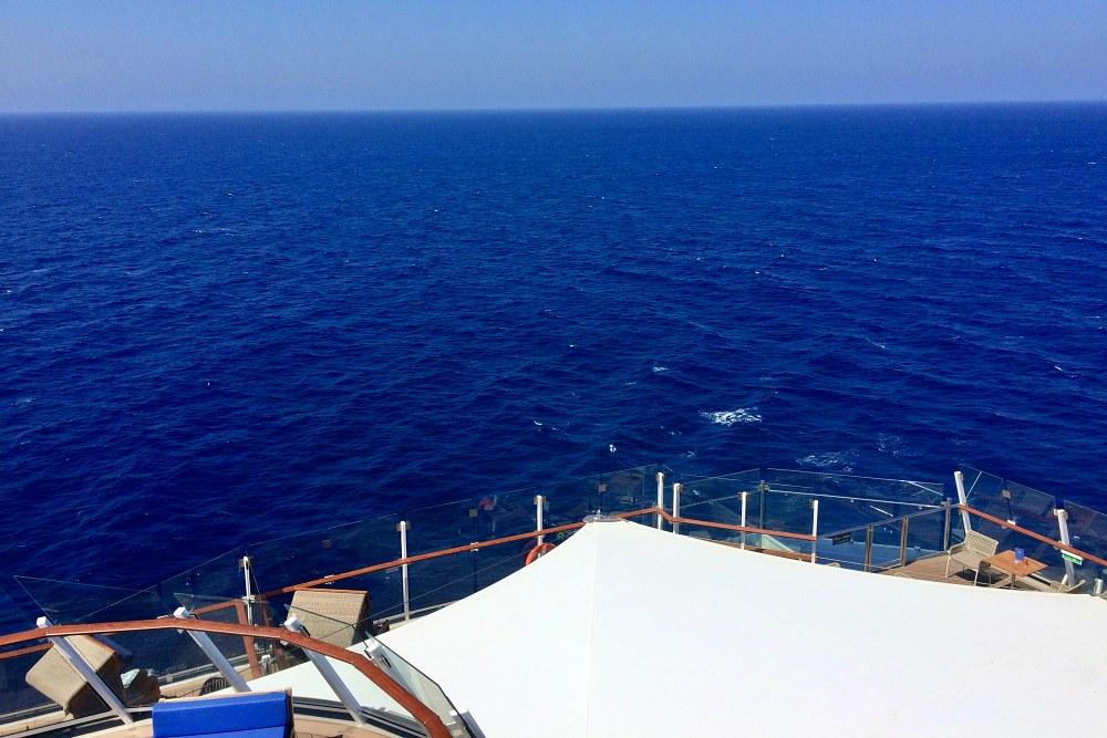 Mein Schiff 6 auf auf der Kreuzfahrt Mallorca bis New York