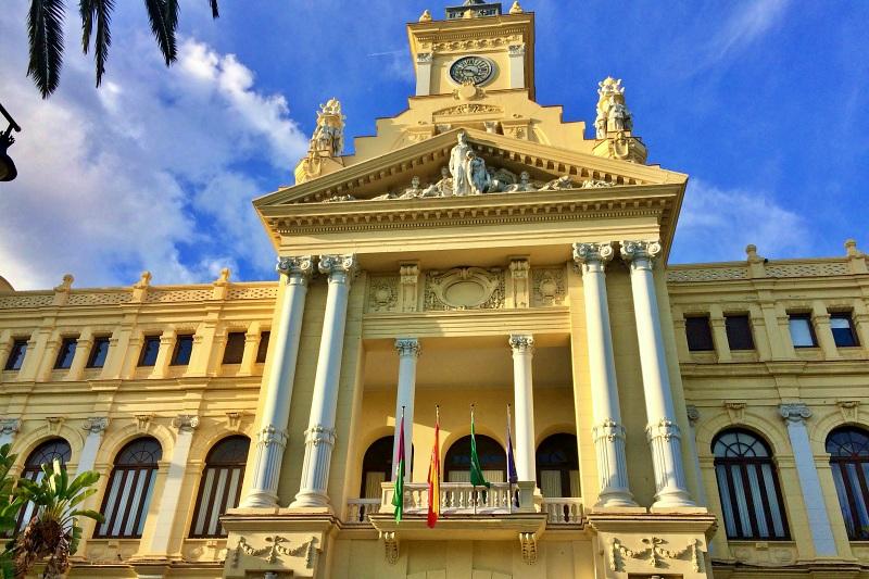 Rathaus von Malaga beim Landausflug Malaga auf eigene Faust
