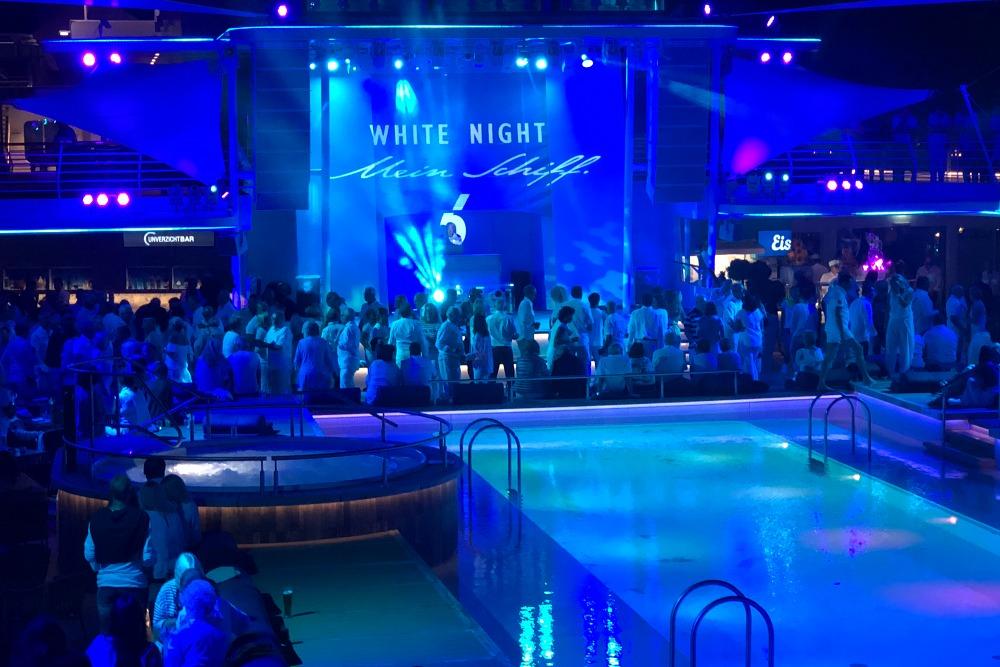 White Night Mein Schiff 6 Lissabon