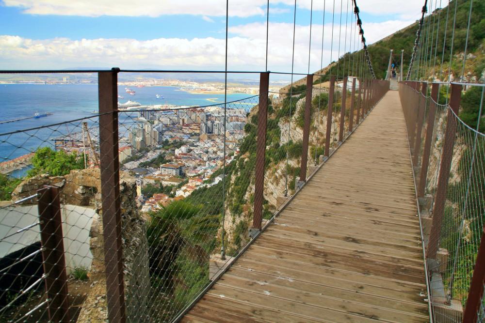 Blick von der Windsor Suspension Bridge während des Landausflug Gibraltar auf eigene Faust
