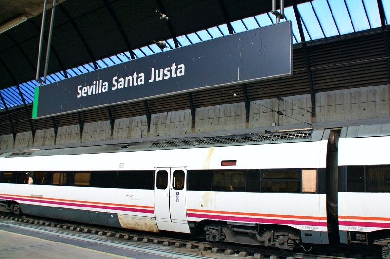 Bahnhof Santa Justa bei Tagesausflug Sevilla auf eigene Faust