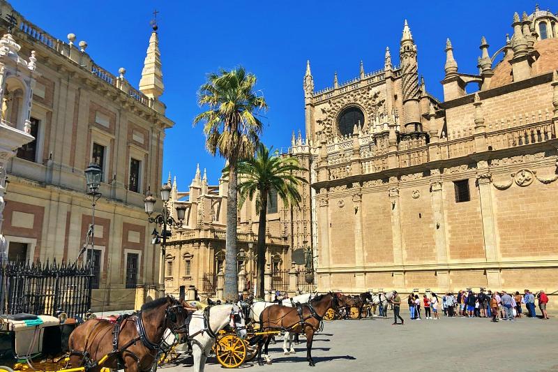 Kathedrale von Sevilla beim Landausflug Sevilla auf eigene Faust