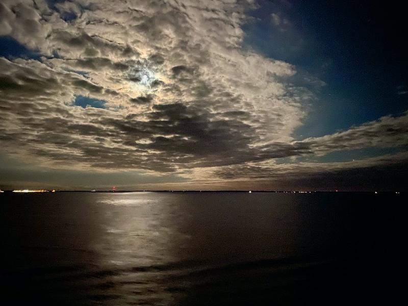 Mondnacht an Bord der Mein Schiff 1 auf der Ostsee