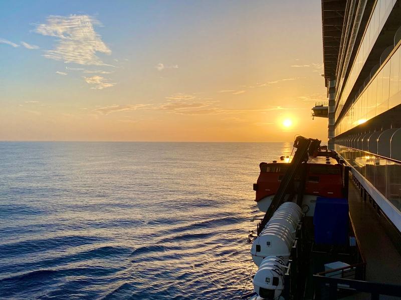 Sonnenuntergang auf der Kreuzfahrt Blaue Reise Kanarische Inseln