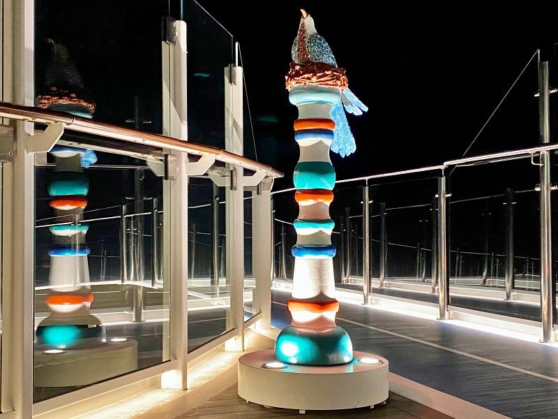 Kunst in der Hohe Luft Bar auf der Mein Schiff 2 Blaue Reise Kanarische Inseln